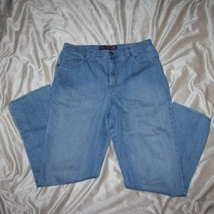 Gloria Vanderbilt Jeans Average 12